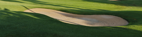 Sandbunker mit Schatten